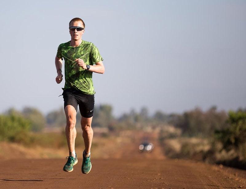 Обладатель рекорда Европы в марафоне Сондре Моен о тренировках в Кении и кенийских бегунах