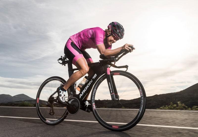 5 способов повысить свою аэродинамичность на велоэтапе