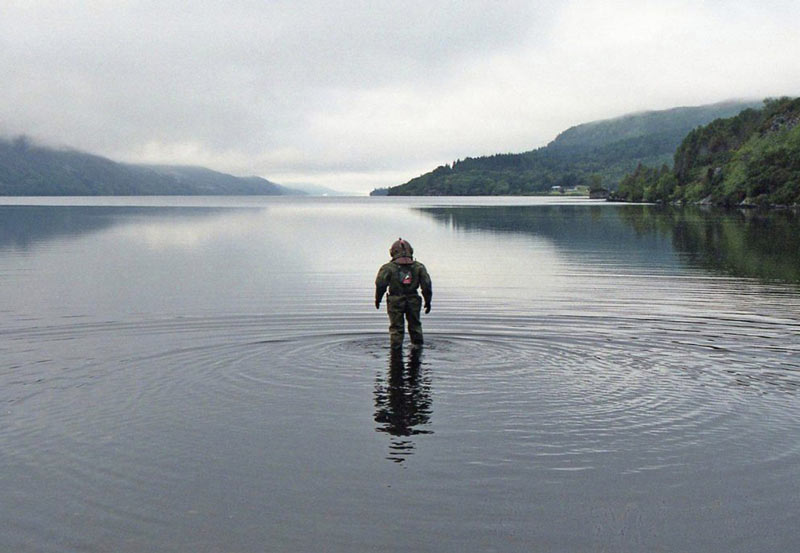 "Победивший лейкемию британец ""пробежал"" марафон под водой"