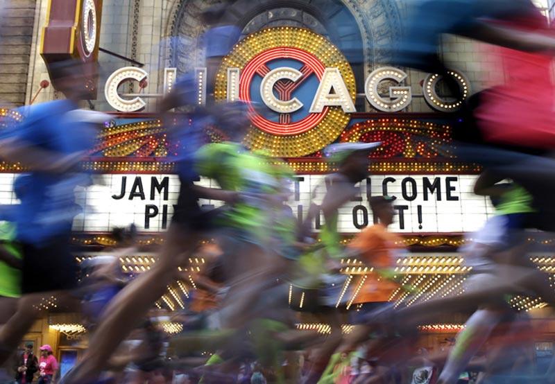 В Чикагском марафоне приняли участии более 40 000 человек!