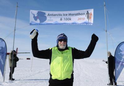 317 марафонов в 150 странах: трижды победить рак и стать рекордсменом мира