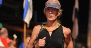 Победив рак, 60-летняя Мэри Хьюбольт преодолела свой первый Ironman