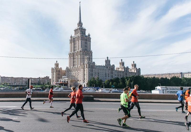 9 коммерческих школ бега и беговых клубов Москвы