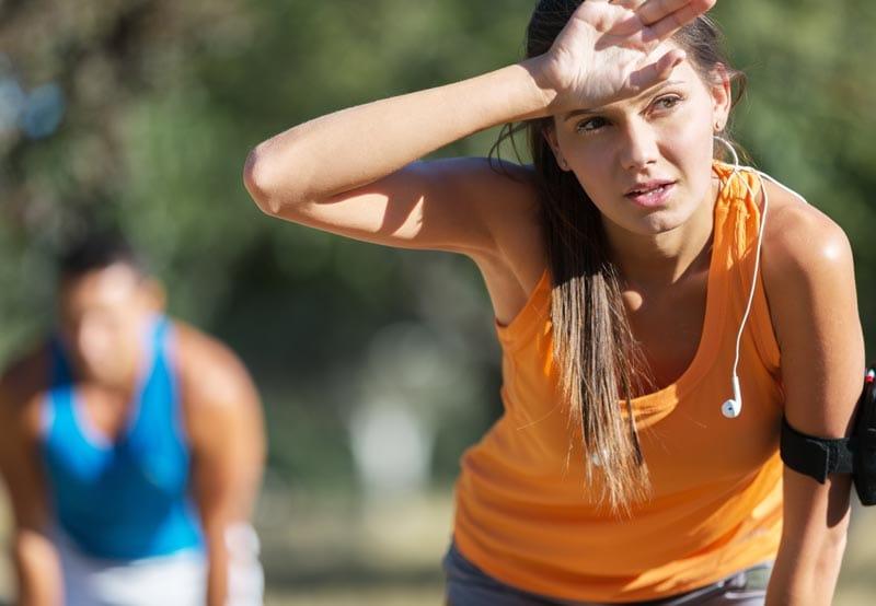 Как бегать в жару: рекомендации по тренировкам и забегам в жаркую погоду