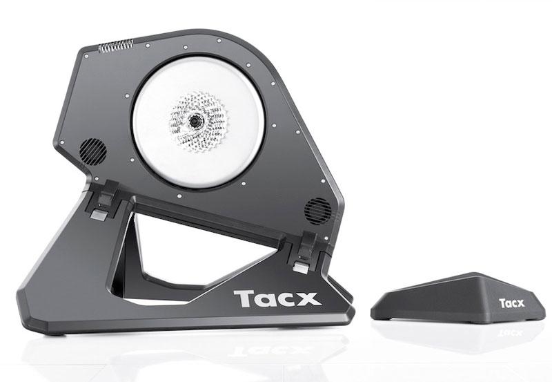 Тур де Франс у себя дома: обзор велостанка с прямым приводом Tacx Neo Smart