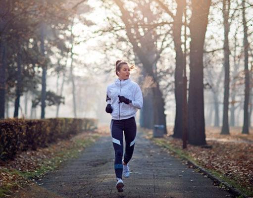 Одежда для бега осенью: в чём бегать на улице