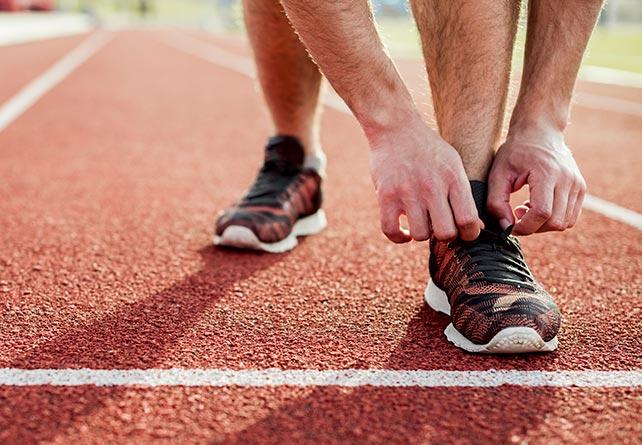 Как завязать шнурки на беговых кроссовках, чтобы не развязывались