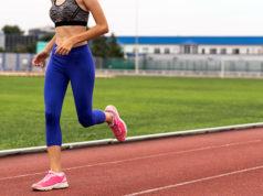 Как выбрать тайтсы для бега и чем они отличаются от лосин