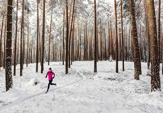 Где лучше бегать: 9 покрытий для бега и их особенности. Бег по снегу