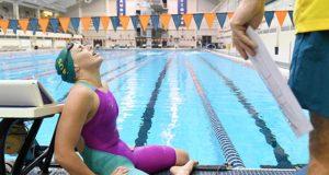 Судороги при плавании: почему сводит ноги, и как с этим бороться