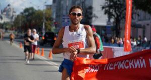 Юрий Чечун, победитель Пермского марафона 2020
