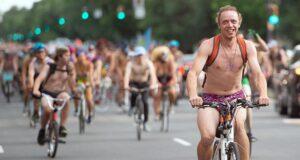 World Naked Bike Ride: где и зачем проводится всемирный голый велопробег