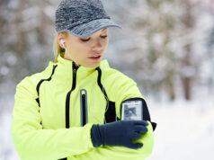 Спортивный чехол для телефона: обзор 20 моделей для бега