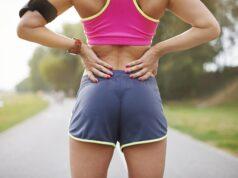 Почему болит спина при беге, и как её лечить