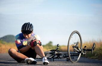 Почему болят колени у велосипедистов