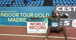 Грант Холлоуэй: Новый мировой рекорд в беге на 60 метров с барьерами