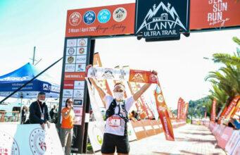 Дмитрий и Екатерина Митяевы выиграли горный ультрамарафон в Турции