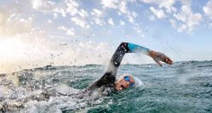 Плавание на открытой воде: безопасность, экипировка, лайфхаки