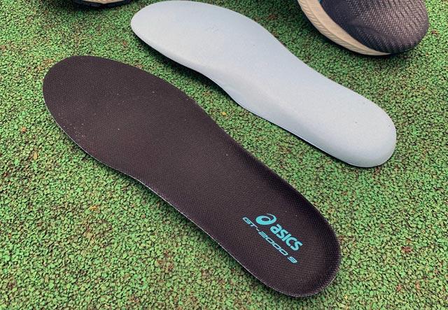 ASICS GT-2000 9: обзор универсальной модели кроссовок для начинающих бегунов