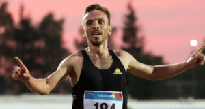 Владимир Никитин одержал победу на чемпионате России 2021 в беге на 5000 метров