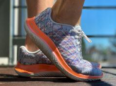 Under Armour Flow Velociti Wind: обзор лёгких кроссовок для темповых пробежек и длительных кроссов