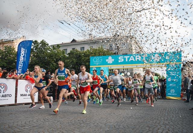 10 забегов и марафонов Украины, в которых точно стоит принять участие