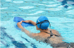 Как похудеть с помощью плавания