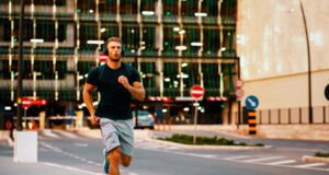 Как совмещать бег и работу: 16 лайфхаков