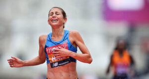 Сильнейшая марафонка США Сара Холл пропустит Олимпийские игры в Токио