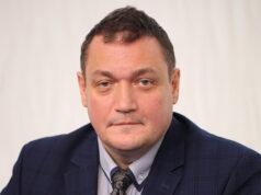 Подкаст 163. Хрустят колени при беге: профессор Алексей Баринов о ранней профилактике остеоартроза