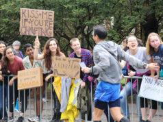 На Бостонском марафоне попросили не целовать незнакомцев