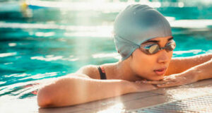Восстановление в плавании: 15 советов, как избежать перетренированности